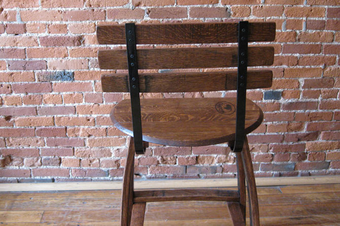 barrel-head-stool2.jpg