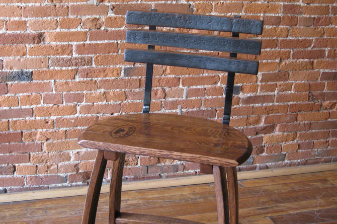 barrel-head-stool3.jpg